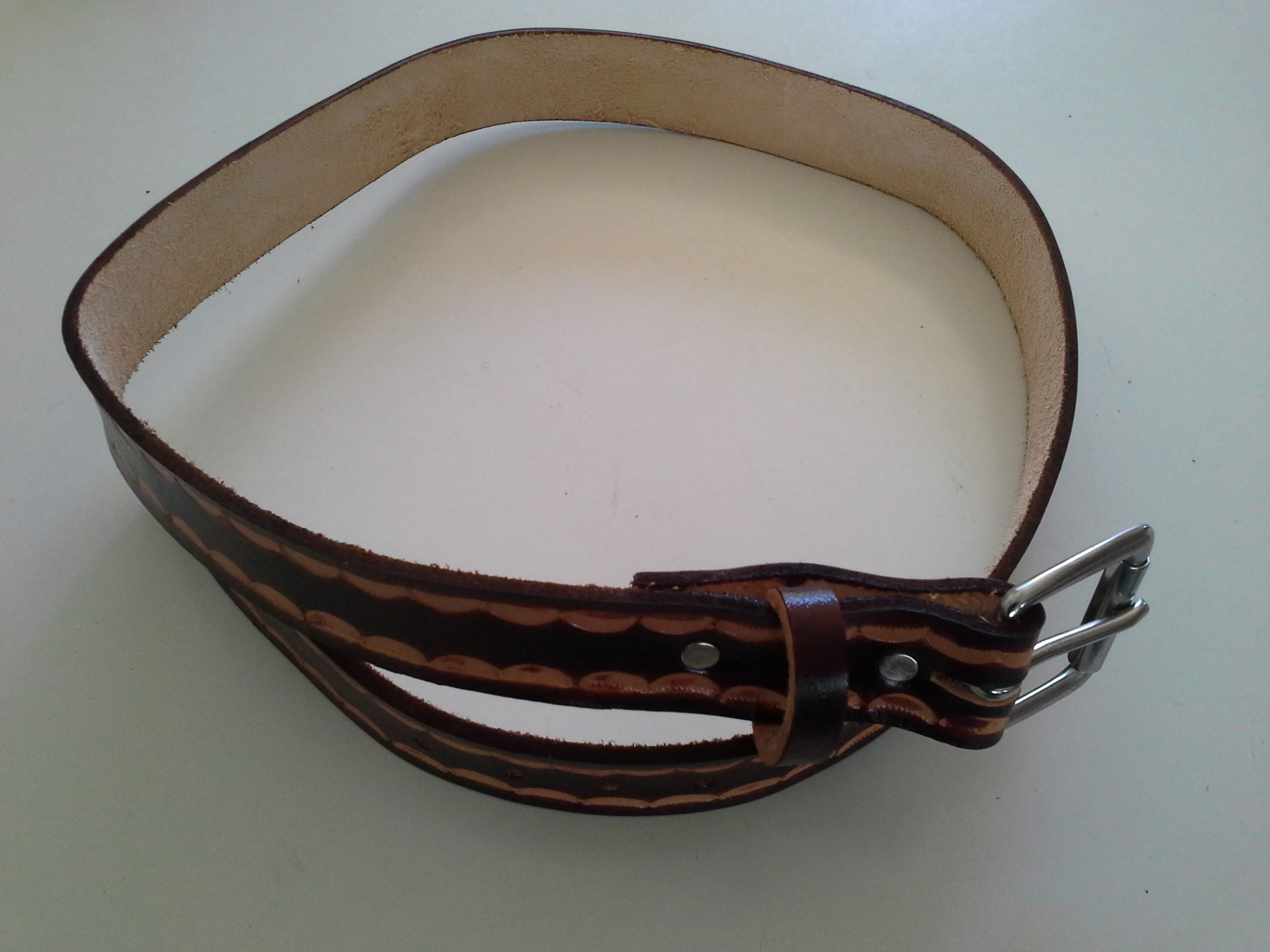 Men leather belt carving